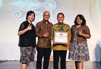 Alfamart Sukses Meraih Service Quality Award 2017 untuk Kategori Minimarket