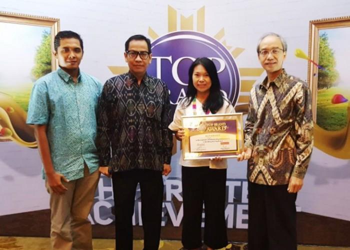 Alfamart Raih Top Brand Award 2017 Kategori Minimarket
