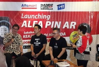 Luncurkan AlfaPin, Alfamart Ajak Masyarakat Nyalakan Semangat Persatuan Kerja Sama dengan AR&Co dan