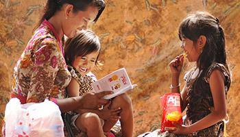 Senyum Keluarga Indonesia
